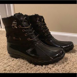 *NEVER WORN* - STEVE MADDEN Snow/Rain Boots Sz 9